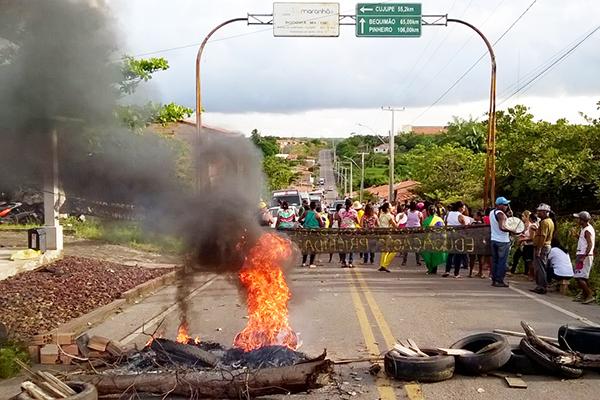 ProtestoProfessoresAlcantara