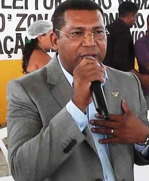 João-de-Fátima-o-'Queiroz'-prefeito-de-Monção-296x360