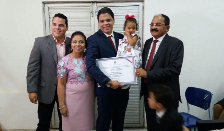 Luciano Genésio é diplomado prefeito de Pinheiro
